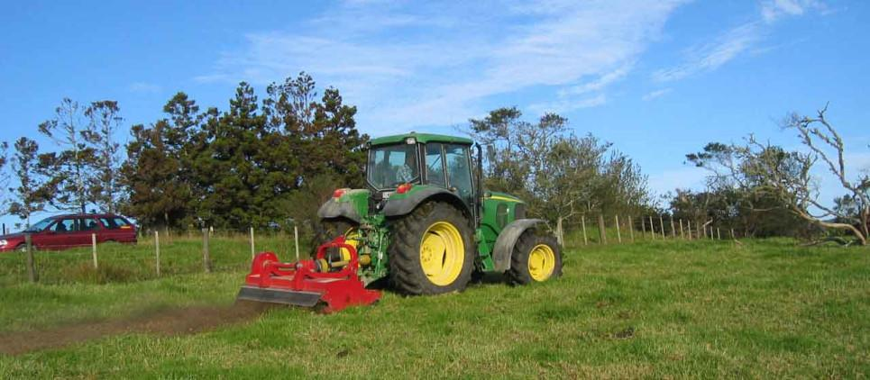 Heavy duty flail mulcher 130-200 HP
