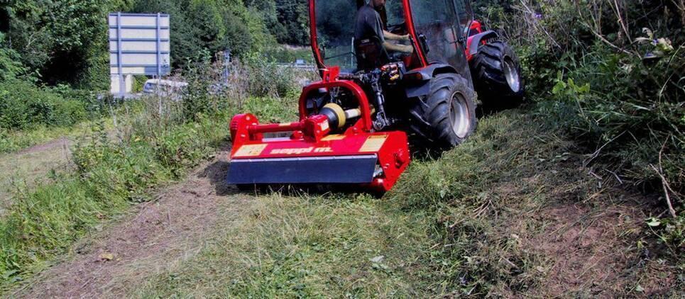 Le plus petit, le plus simple et facile SEPPI M. broyeur pour les petits tracteurs
