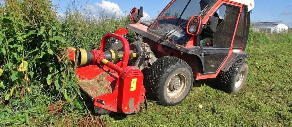 Trituradora de martillos para tractores de media y bajapotencia 30-90 CV