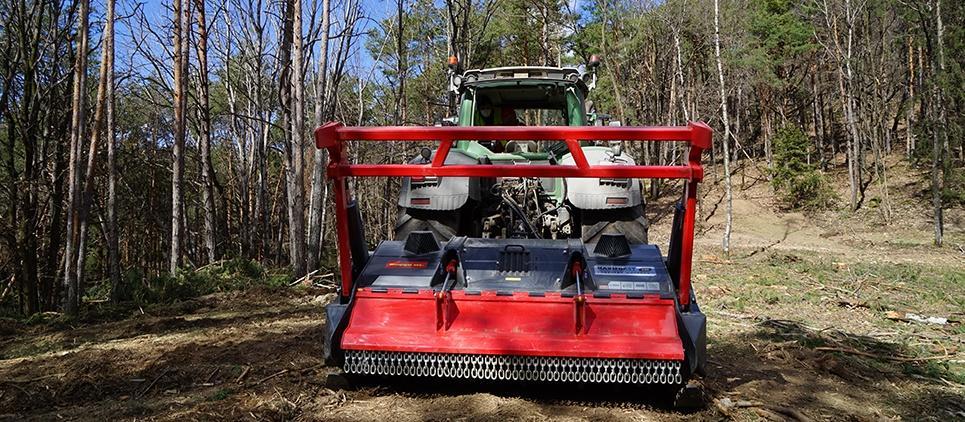 Trinciatutto forestale professionale per ogni tipo della manutenzione del verde.
