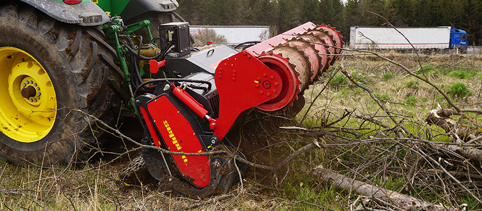 This versatile SEPPI soil tiller and forestry tiller STARSOIL, suitable for tractors with power class between 180 and 310 HP