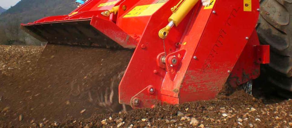 Prepare soil for (re)planting;