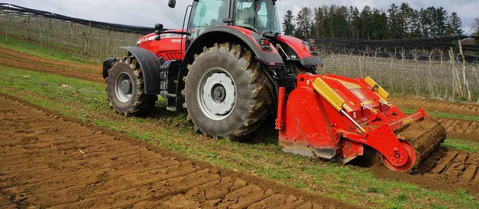 Tills the soil as deep as 40 cm