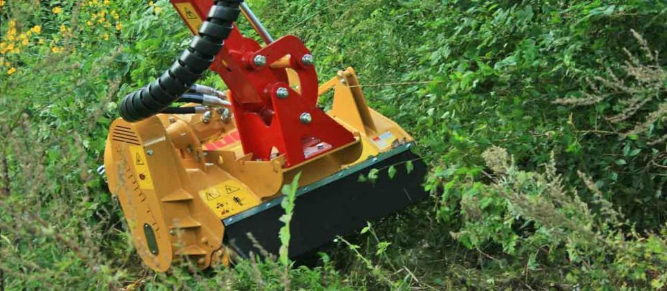 Universal mulching attachment