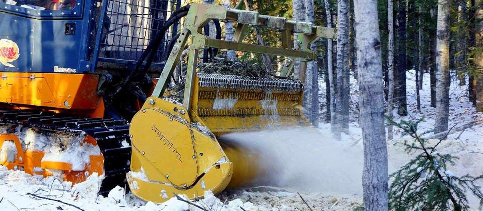 broyeur forestier pour véhicules hydrauliques