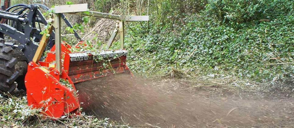 Forstmulchgerät für hydraulische Trägerfahrzeuge